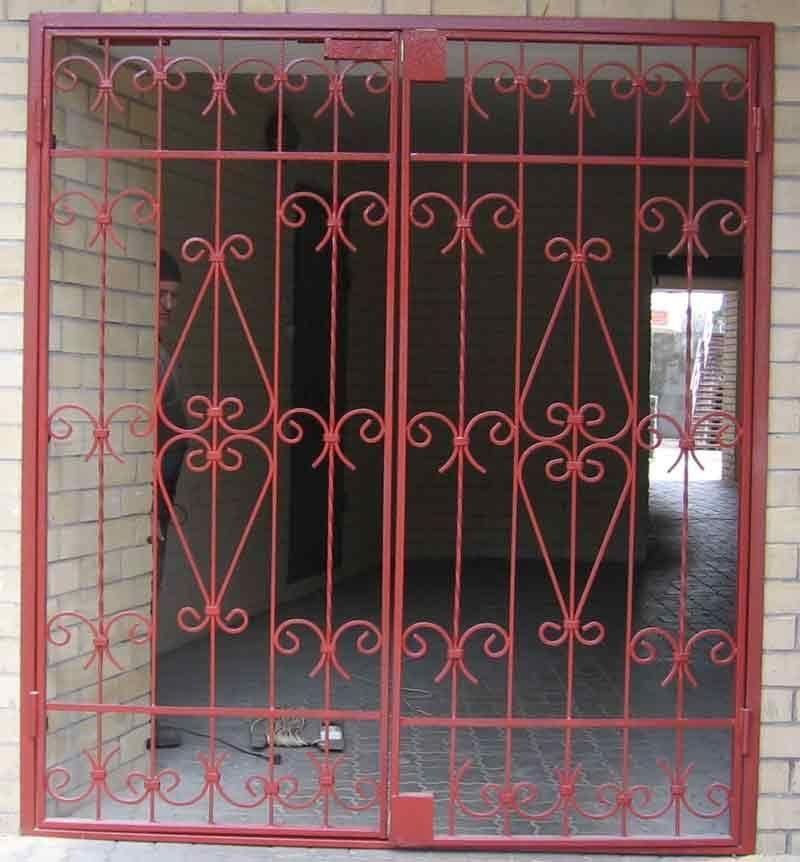 металлические решетки на две квартиры